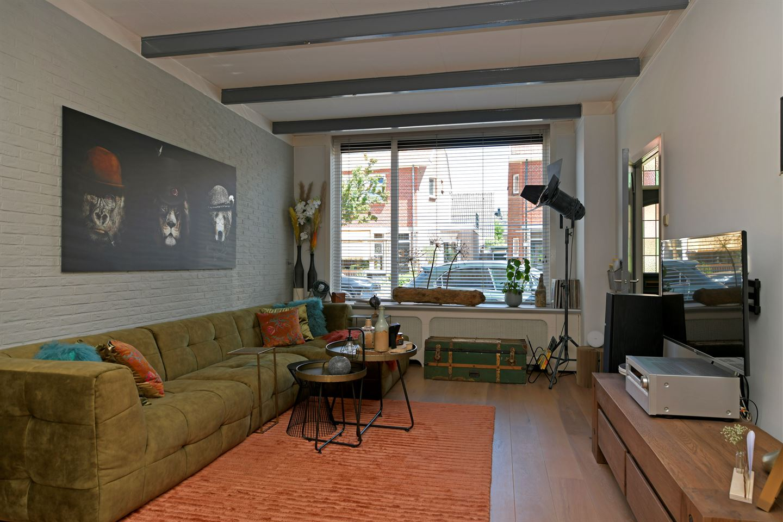 Bekijk foto 2 van Frederik Hendrikstraat 15