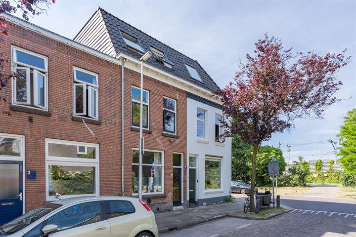Van Lennepdwarsstraat 4