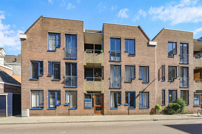 Bekijk foto 1 van Sint Geertruikerkhof 14