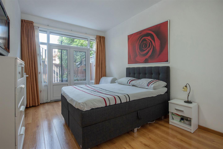 Bekijk foto 2 van Rooseboomstraat 13