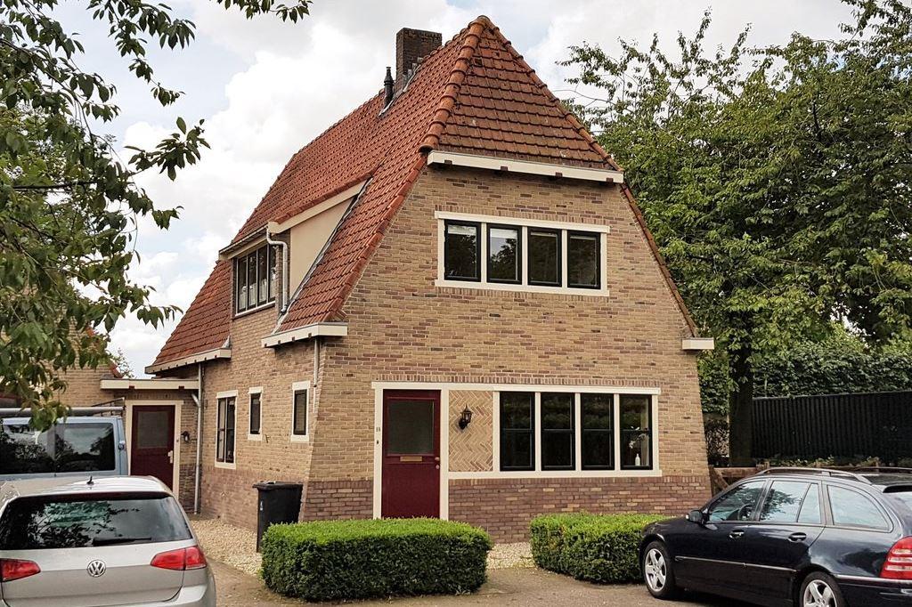 View photo 1 of Rijksstraatweg 18