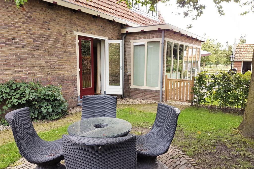 View photo 3 of Rijksstraatweg 18