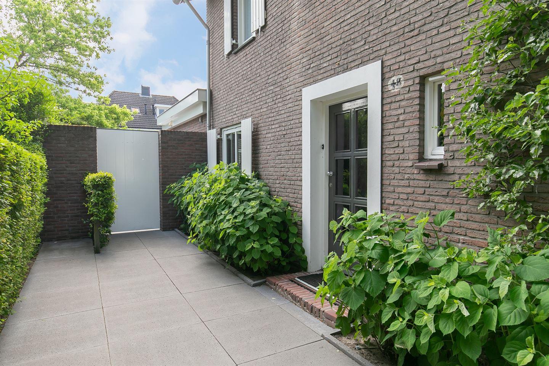 Bekijk foto 2 van Burgemeester Jansenstraat 48