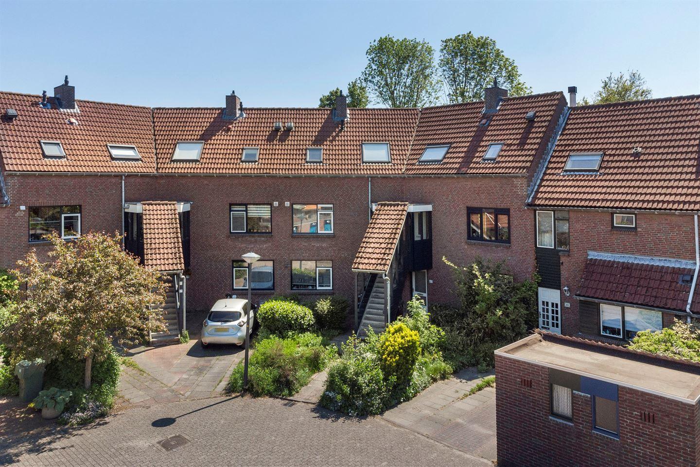 Bekijk foto 1 van Hugo van Woerdenstraat 67