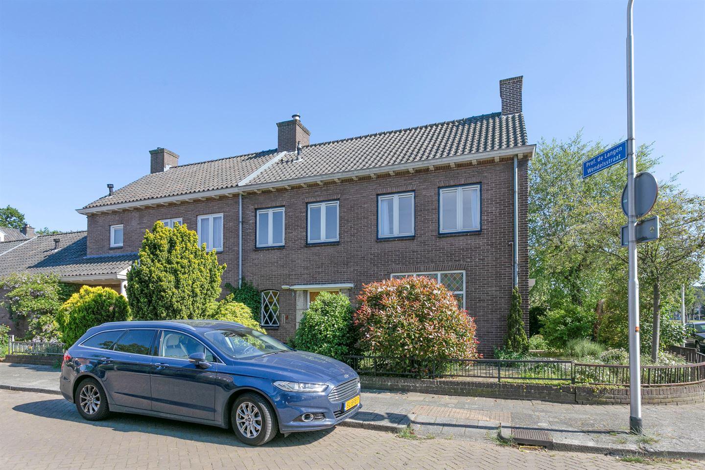 Bekijk foto 2 van Professor Schrijnenstraat 5