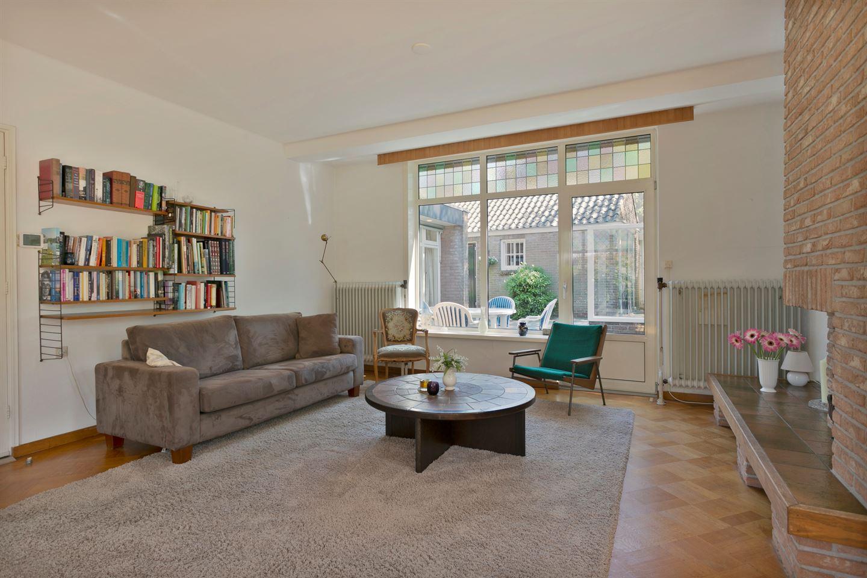 Bekijk foto 4 van Professor Schrijnenstraat 5