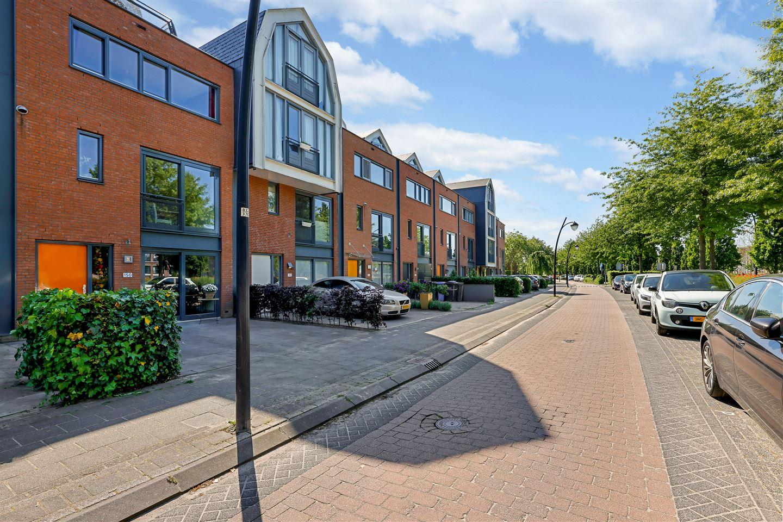 Bekijk foto 3 van Laakboulevard 150