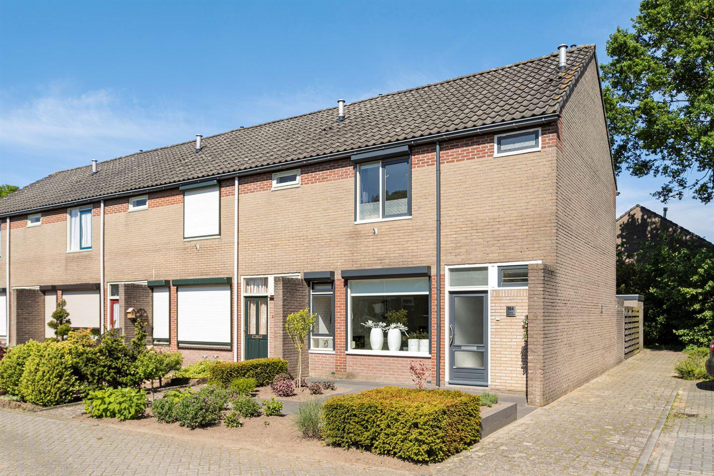 View photo 2 of Lage Veld 104