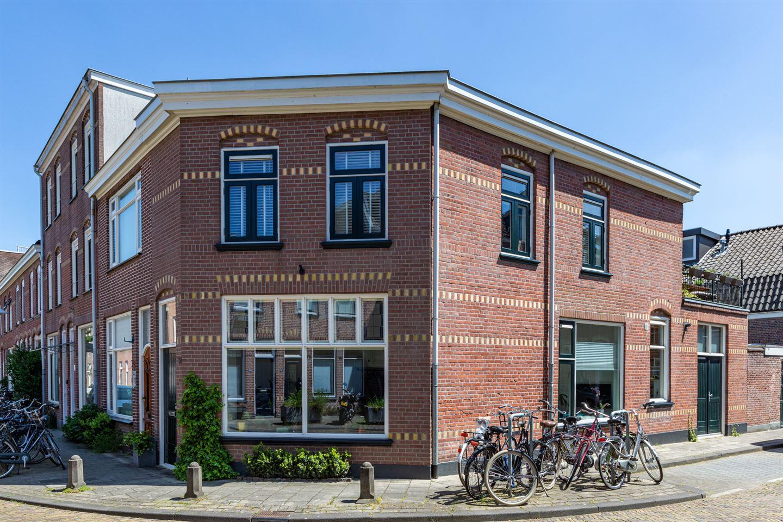 Bekijk foto 1 van Asterstraat 30