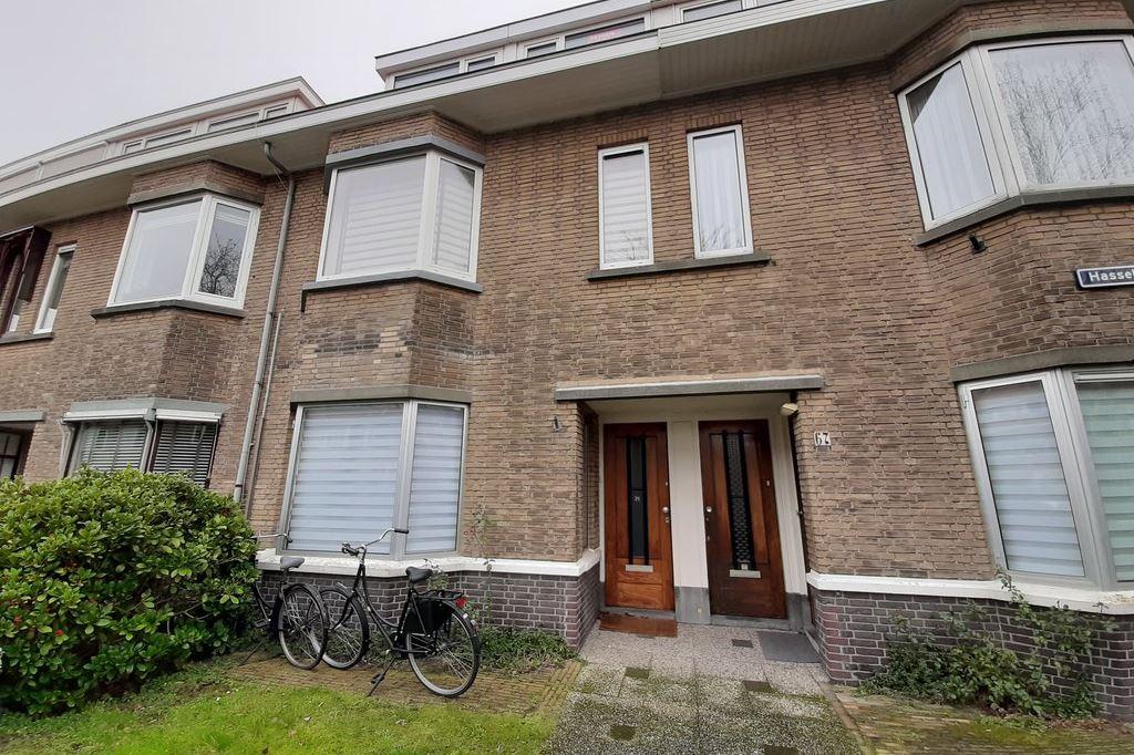 Bekijk foto 2 van Hasseltsestraat 71 .