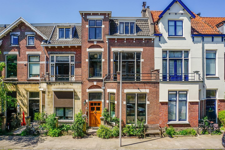 View photo 1 of Frederik Hendrikstraat 43
