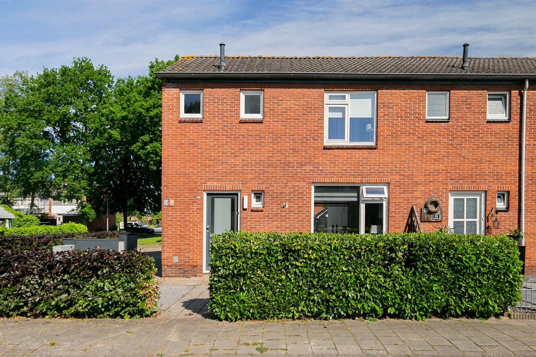 Bekijk foto 2 van Fr. Nanningstraat 45