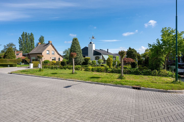 View photo 2 of Herenweg 17