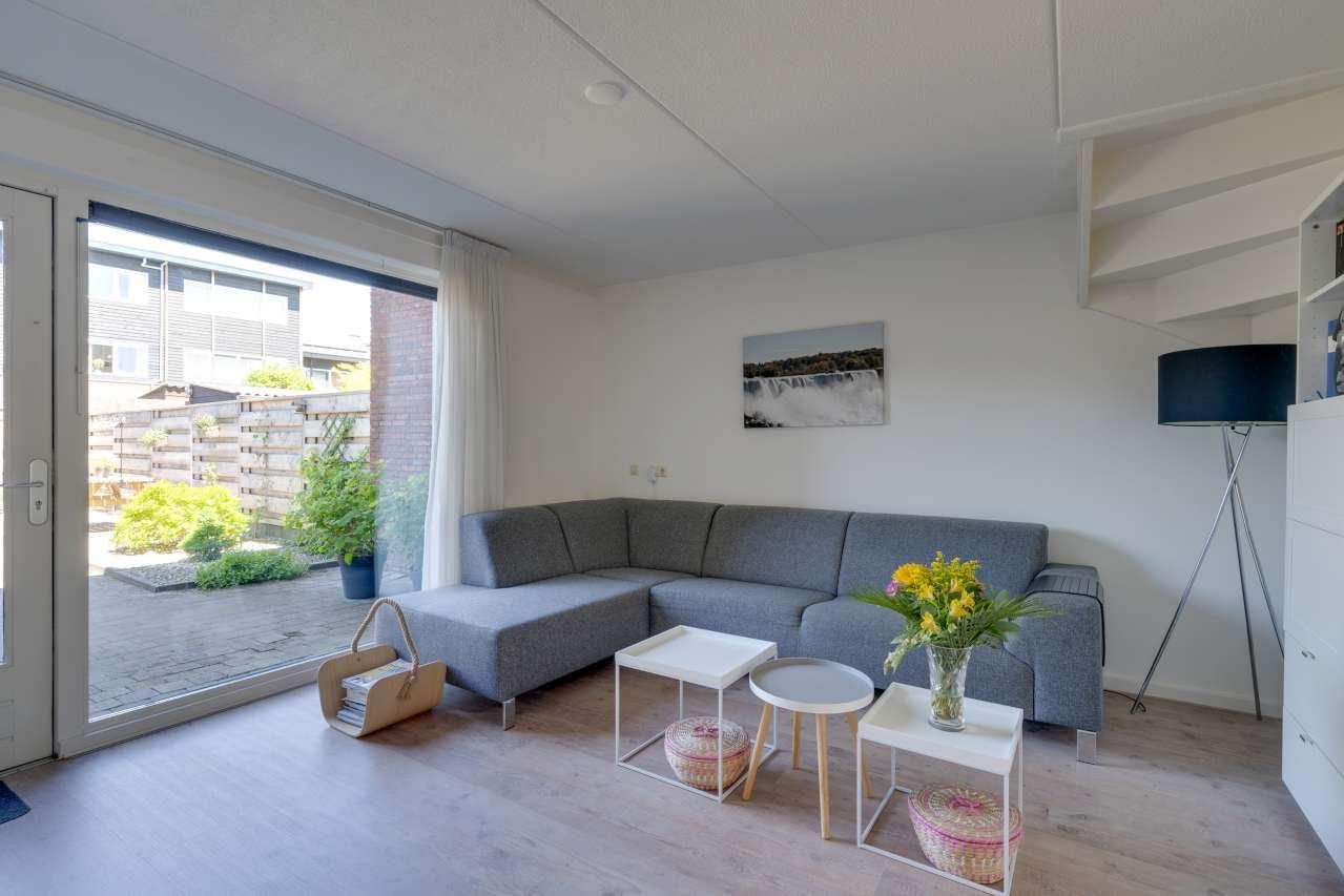 Bekijk foto 2 van Louis Couperusstraat 155