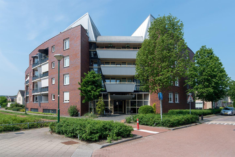Bekijk foto 4 van Jac.P. Thijsselaan 98