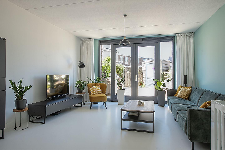 Bekijk foto 4 van Piet Mondriaanlaan 115