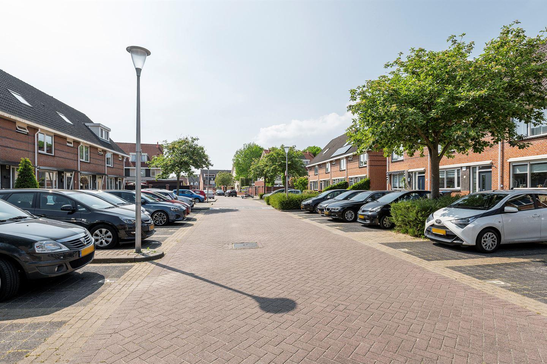 Bekijk foto 2 van Nicolaas van Puttenstraat 1