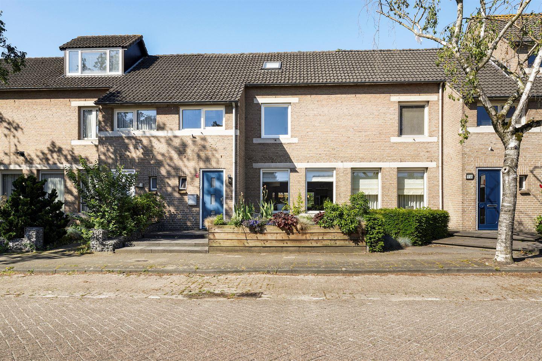 Bekijk foto 2 van Willem de Zwijgerlaan 74