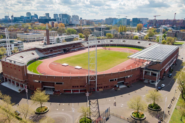 Bekijk foto 1 van Olympisch Stadion 14