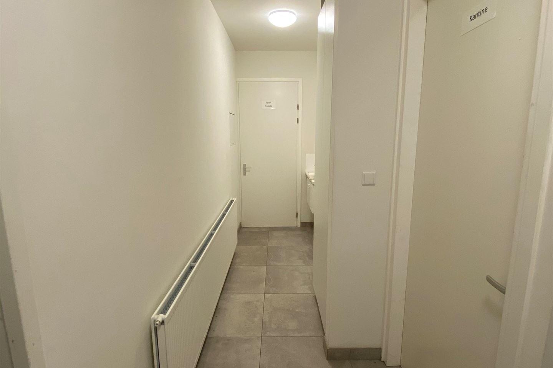Bekijk foto 3 van Emmikhovensestraat 121