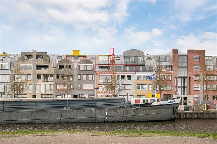 Prins Hendrikkade 82