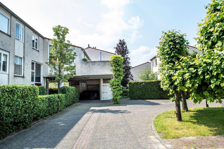 View photo 2 of Gesloten Stad 19