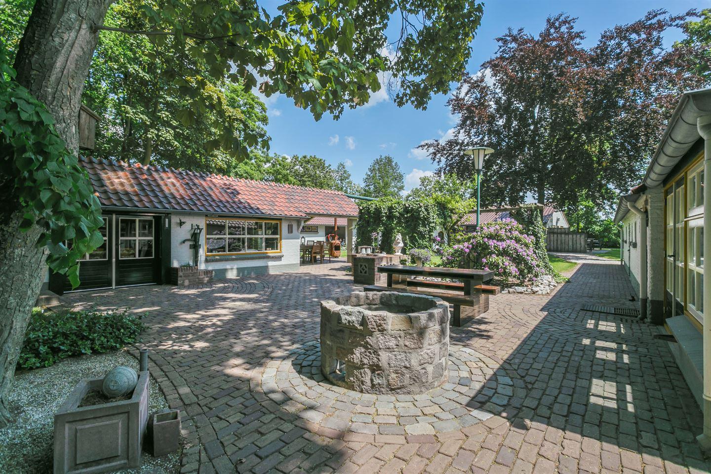 View photo 5 of Buntweg 1