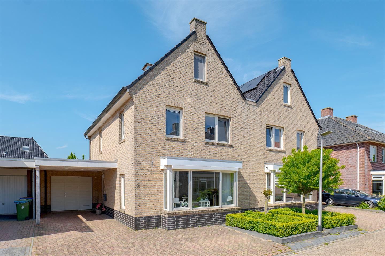 Bekijk foto 1 van Abeelhout 8