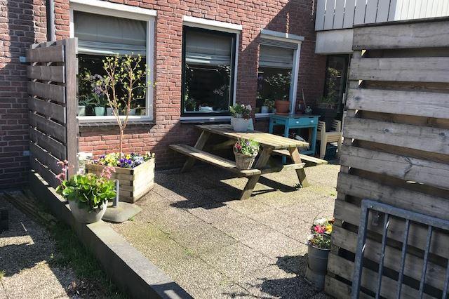 Bekijk foto 1 van Sint Janskerkhof 71