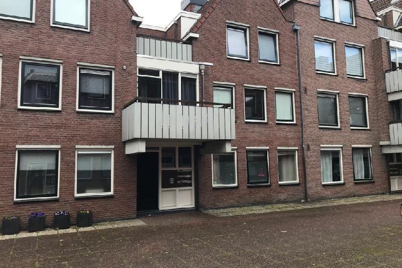 Bekijk foto 2 van Sint Janskerkhof 71