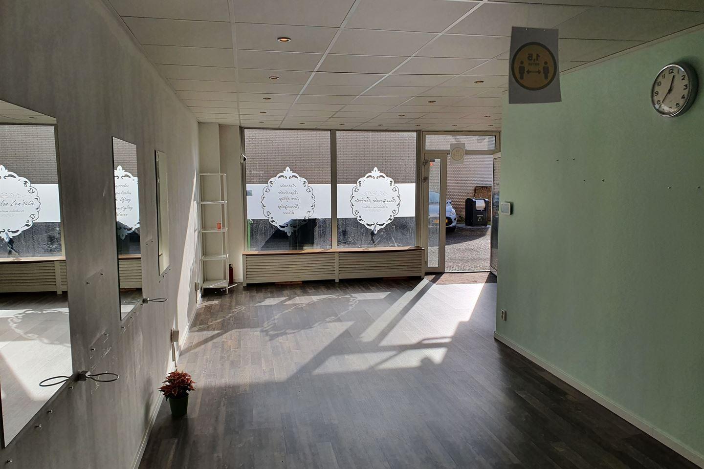 Bekijk foto 2 van Van Brammenstraat 7