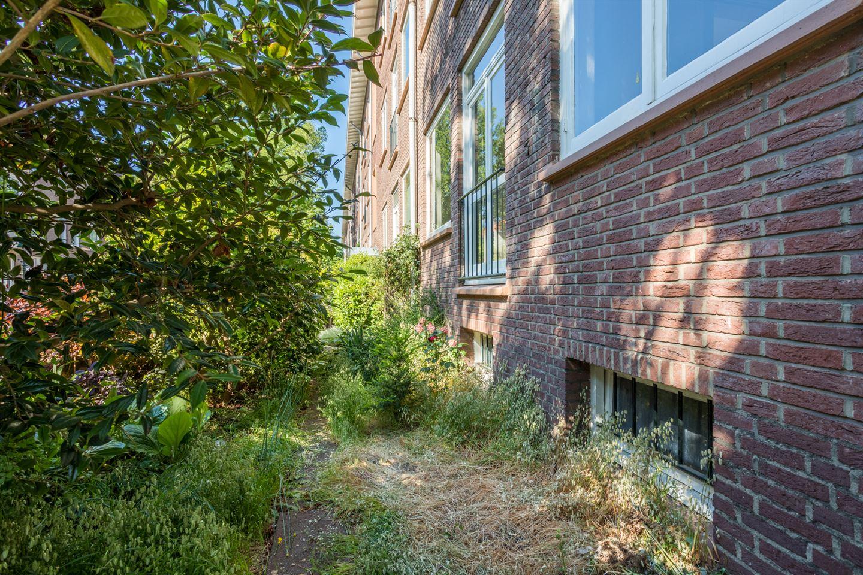 Bekijk foto 3 van Van Bleiswijkstraat 45