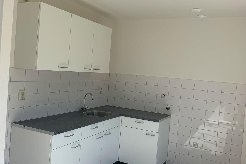 Bekijk foto 5 van Overpeltstraat 22