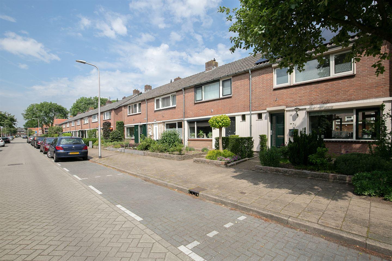 Bekijk foto 3 van J. P. Heijestraat 35
