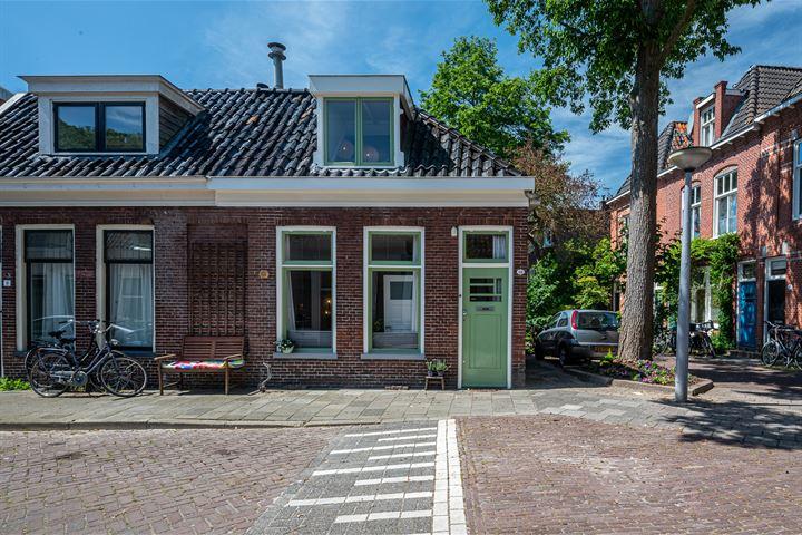 Kleine Grachtstraat 10