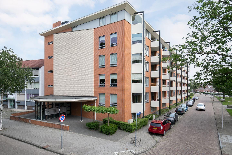 View photo 1 of Saenredamstraat 43