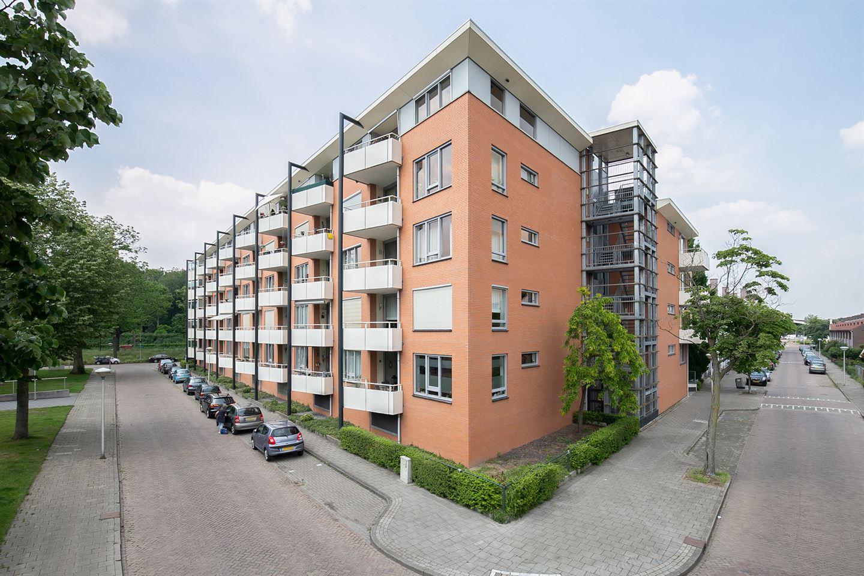 View photo 4 of Saenredamstraat 43