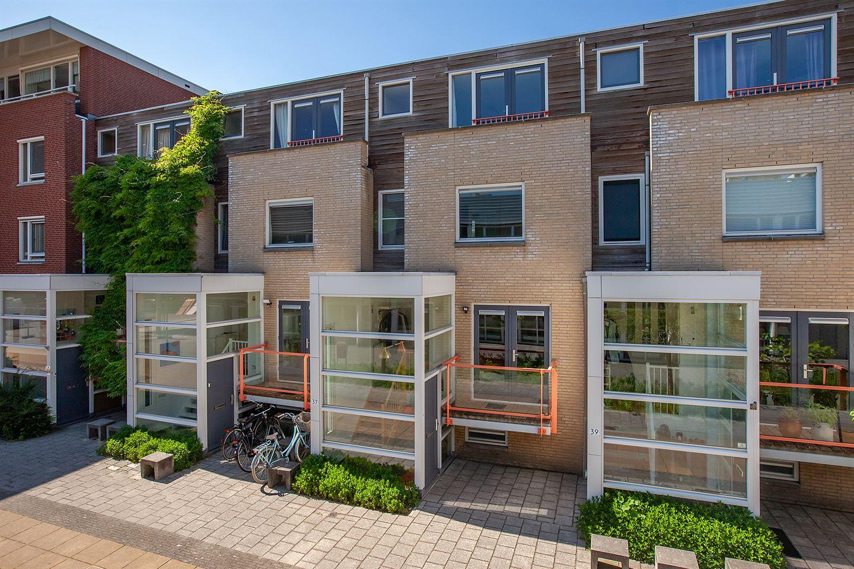 Bekijk foto 3 van Jhr. Carel Sternplein 37