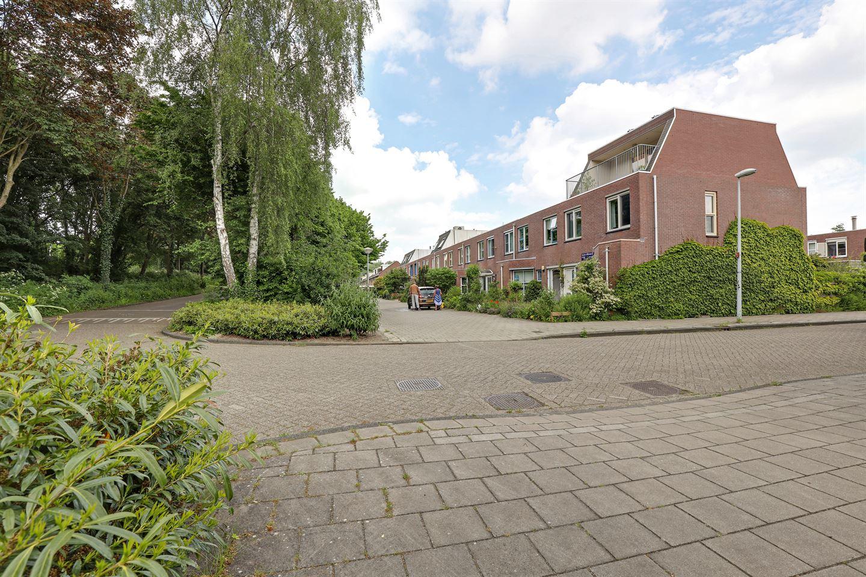 Bekijk foto 2 van Willem Gertenbachstraat 102