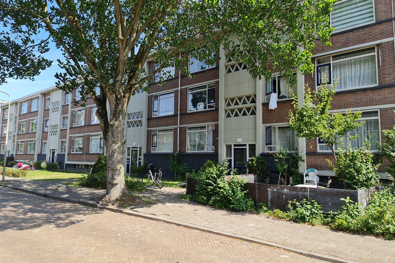 Bekijk foto 1 van Ruinerwoldstraat 40