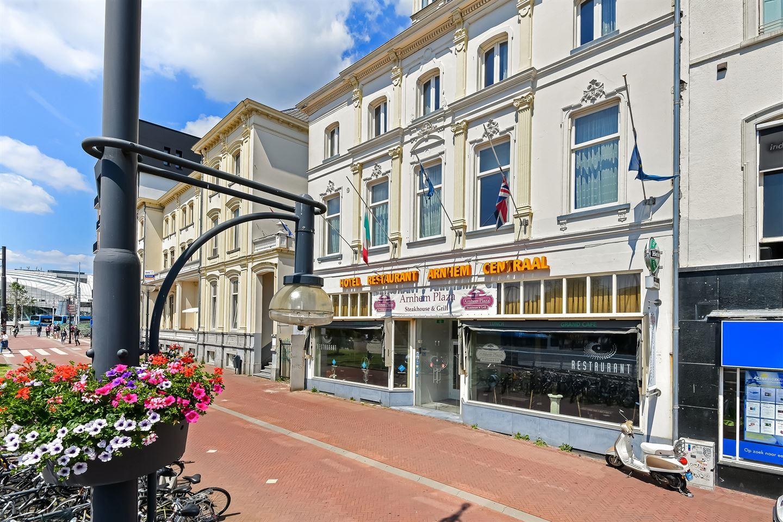 Bekijk foto 2 van Willemsplein 18