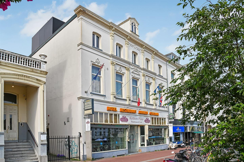Bekijk foto 4 van Willemsplein 18