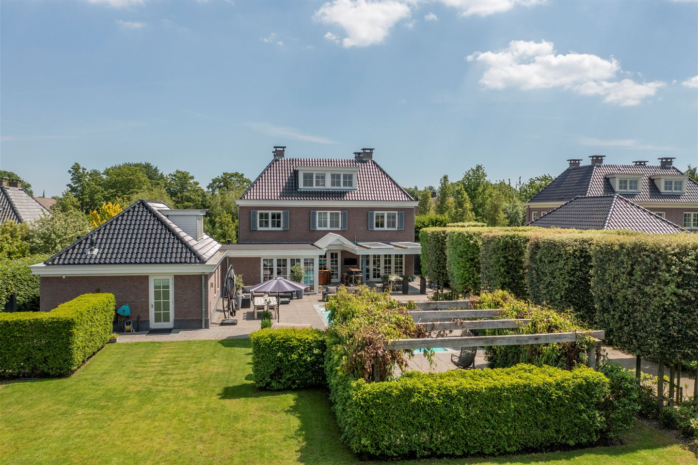 View photo 1 of Jacob van Ettenstraat 4