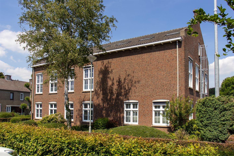 Bekijk foto 3 van Raadhuisplein 10 10 A