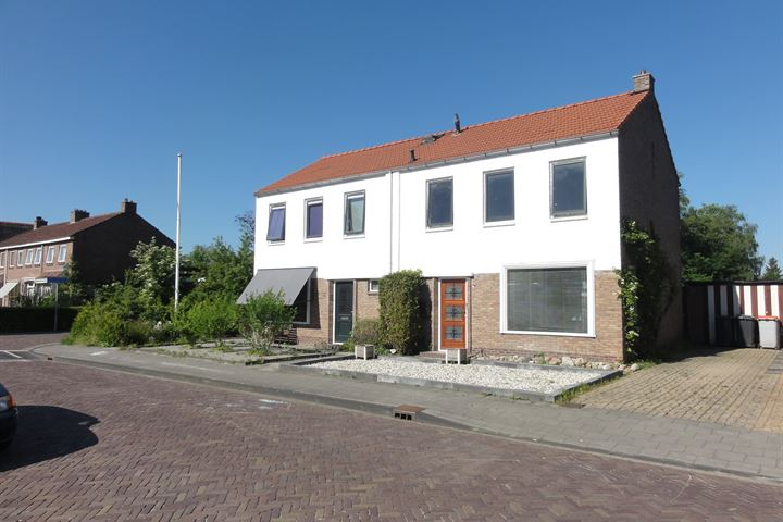 J.M.Houwenstraat 16