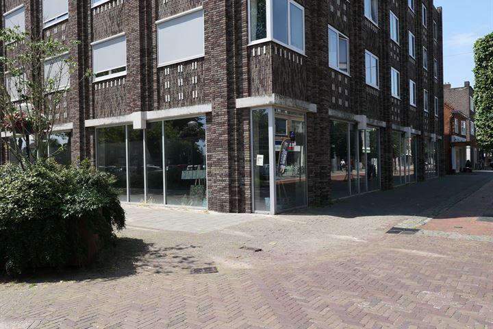 van Echtenstraat 18, Hoogeveen