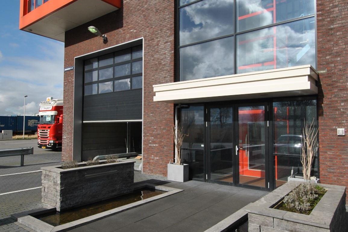 Bekijk foto 2 van Afmijnstraat 2