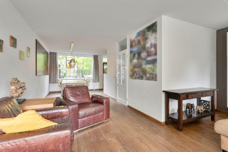 Bekijk foto 2 van Roerstraat 48