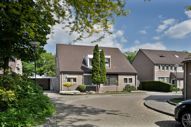 Bekijk foto 1 van Roerstraat 48