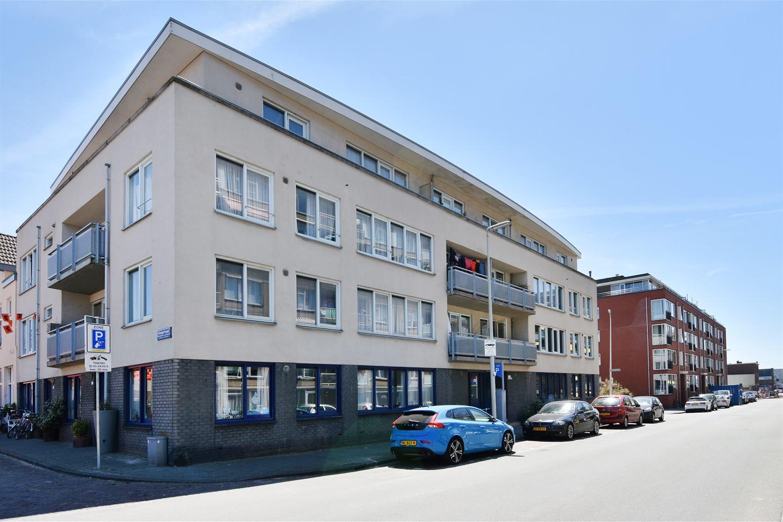 View photo 2 of Vissershavenstraat 10 A